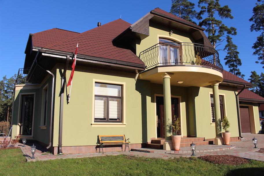 Māja Berģos 345 m²